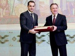 Президент АМФР Эмиль Алиев и президент РФС Виталий Мутко (слева направо)