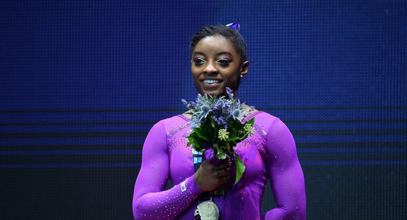 Гимнастка Байлз сообщила, что была жертвой домогательств экс-врача сборной США Нассара