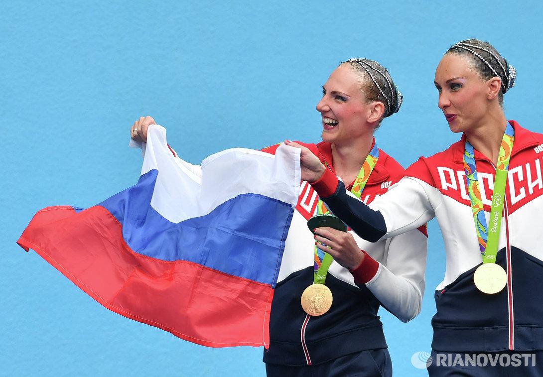 Светлана Ромашина и Наталья Ищенко (слева направо)