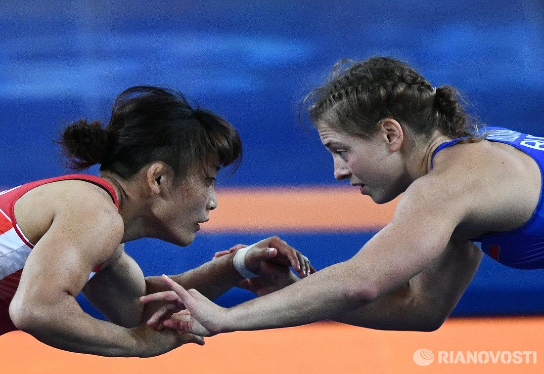 Каори Итё и Валерия Коблова (слева направо)
