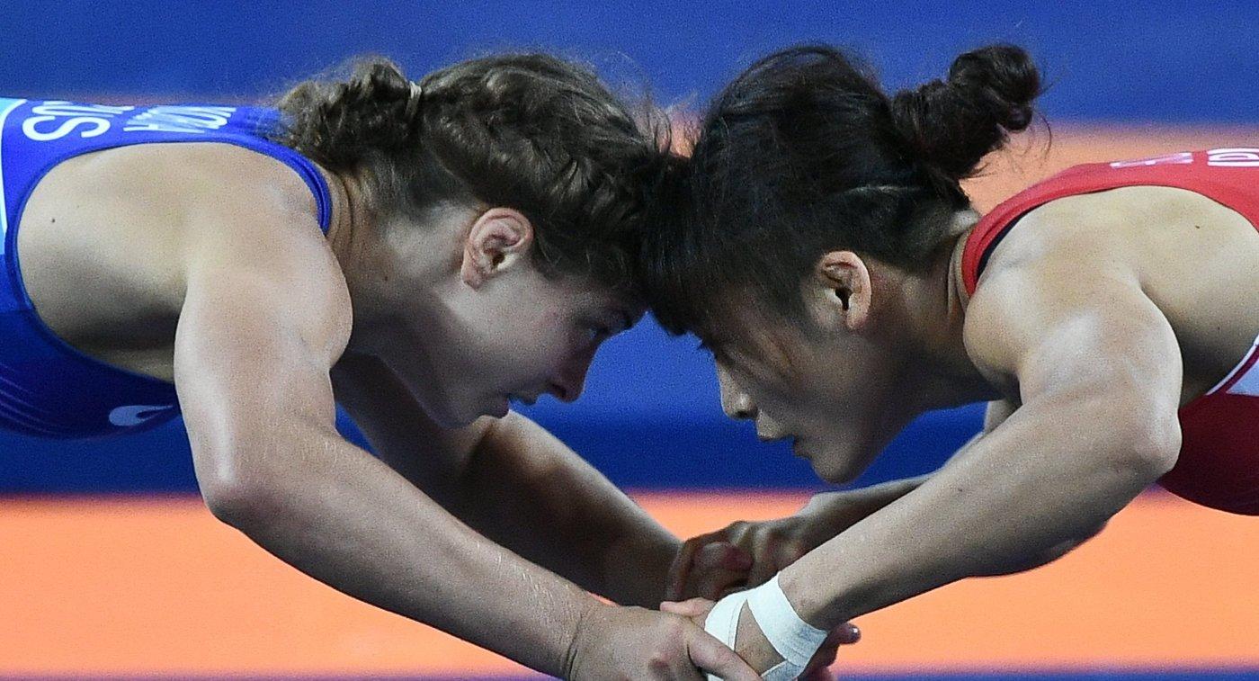 Валерия Коблова и Каори Итё (слева направо)