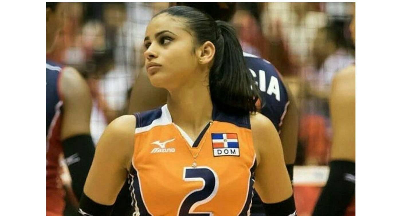 Либеро сборной Доминиканской республики по волейболу Винифер Фернандес