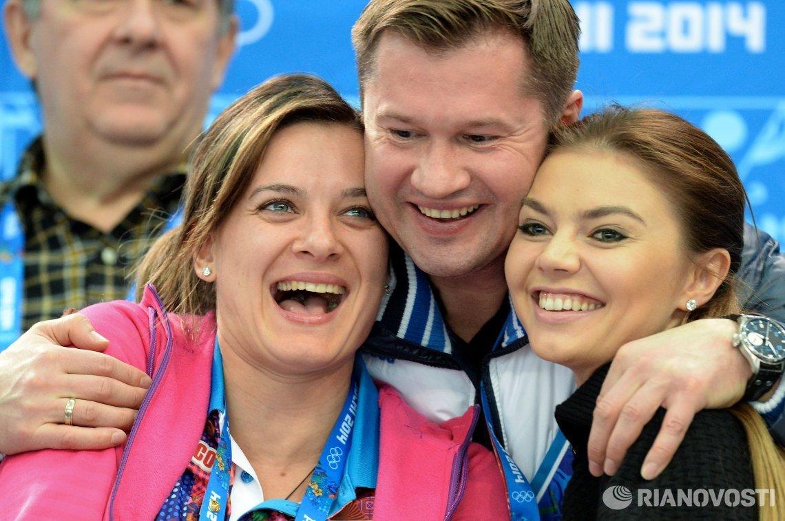 Елена Исинбаева, Алексей Немов и Алина Кабаева (слева направо)