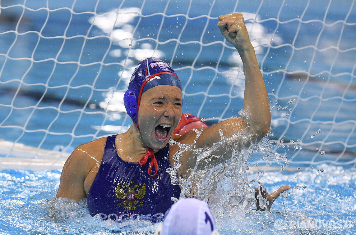 Игрок женской сборной России по водному поло Анна Гринева