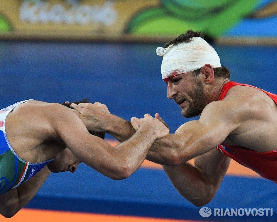 Аниуар Гедуев и Хасан Яздани (справа налево)