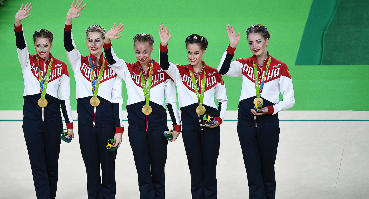 Спортсменки сборной России по художественной гимнастике