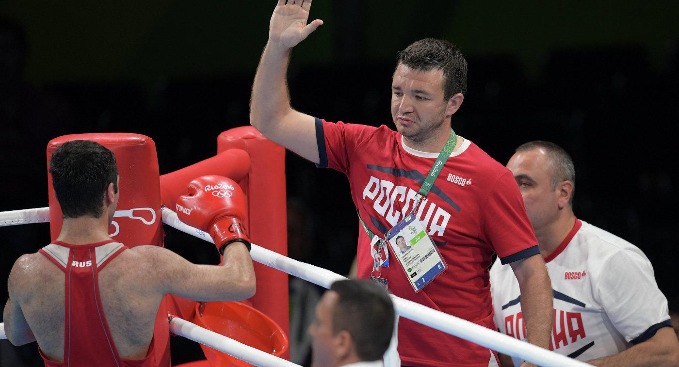 Михаил Алоян (слева) и тренер Эдуард Кравцов