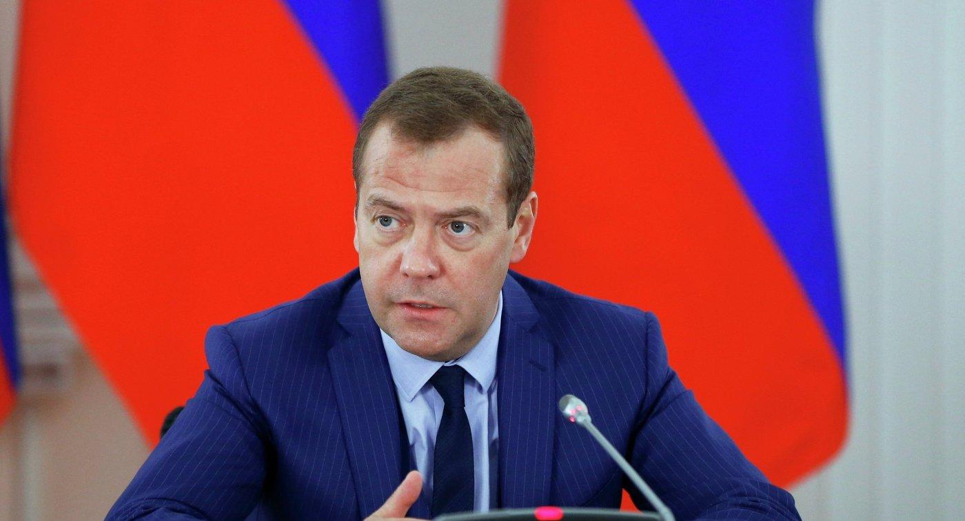 Дмитрий Медведевийг ерөнхий сайдаар томилуулах хүсэлтээ Путин илэрхийлжээ