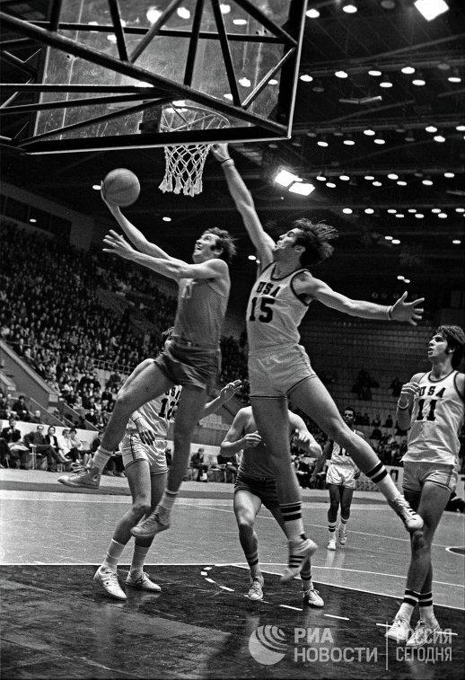 Встреча баскетбольных команд СССР и США