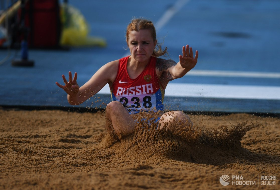 Анна Сапожникова