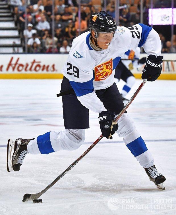 Нападающий сборной Финляндии Патрик Лайне