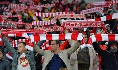 Болельщики Спартака во время матча 8-го тура чемпионата России по футболу