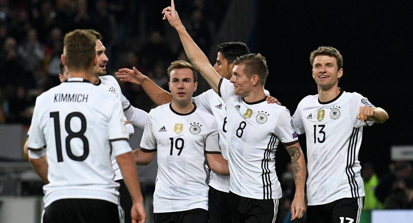 Немецкие футболисты сыграют контрольные матчи с испанцами и  Немецкие футболисты сыграют контрольные матчи с испанцами и бразильцами перед ЧМ 2018