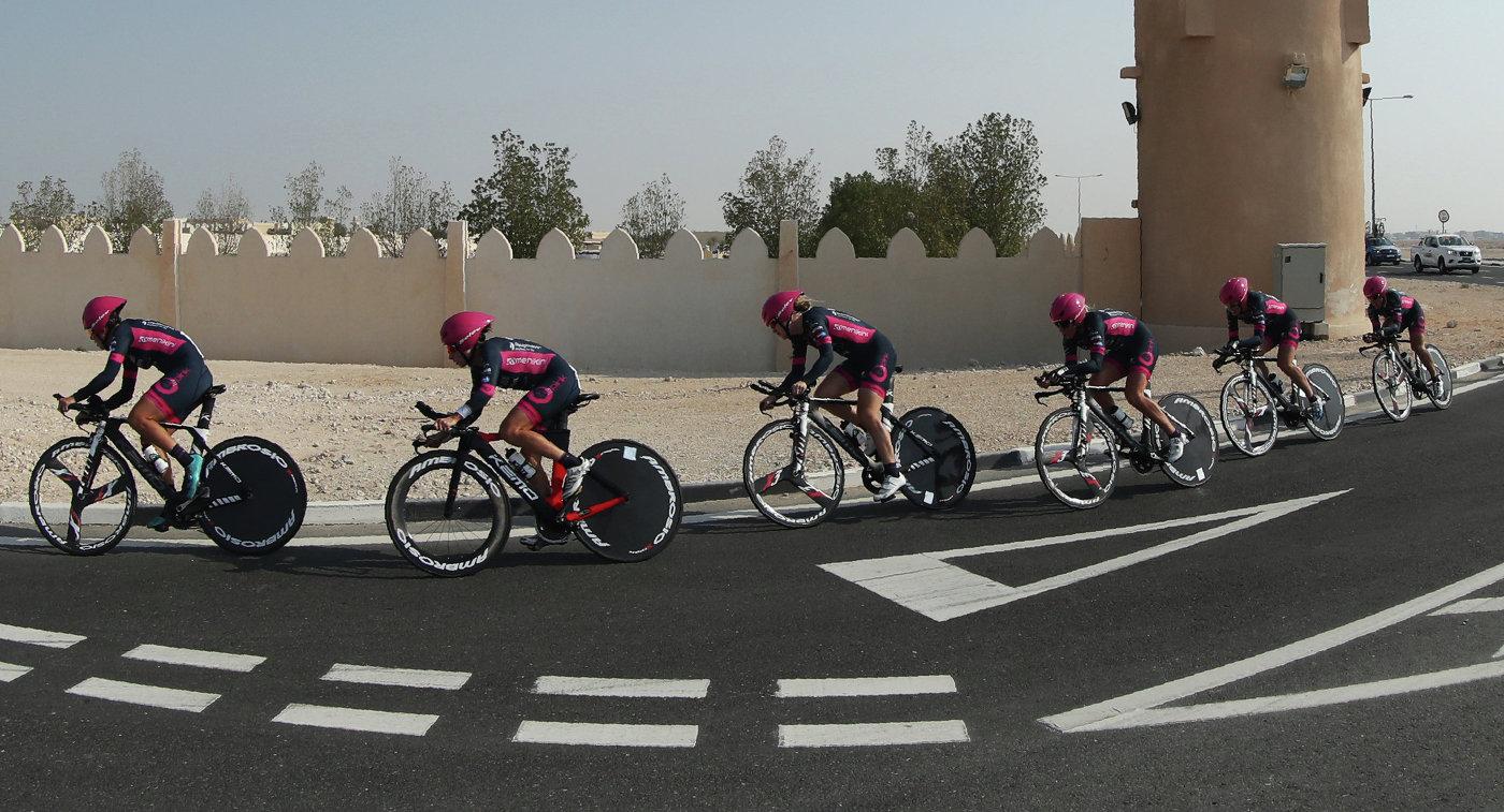 Команда Bepink с Ольгой Забелинской в составе на ЧМ по шоссе в Катаре