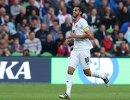 Форварщ сборной Коста-Рики Брайан Руис радуется забитому голу