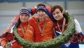 Кун Вервей (Нидерланды) - второе место, Свен Крамер (Нидерланды) - первое место, Денис Юсков (Россия) - третье место
