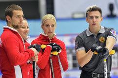Игроки сборной России Александр Крушельницкий, Анастасия Брызгалова, Мария Дуюнова и Даниил Горячев (слева направо)