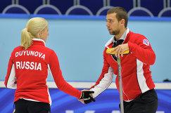 Игроки сборной России Мария Дуюнова и Александр Крушельницкий