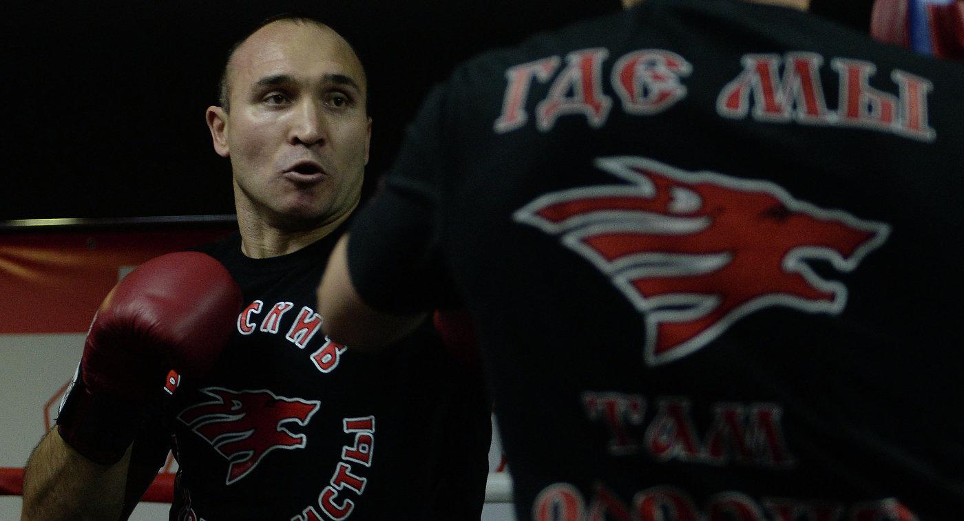 Кудряшов: «Гассиев выйдет вфинал повсеместной суперсерии бокса, ежели победит Влодарчика»