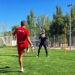 Голкипер Дар Королев во время тренировки в ФК Леганес