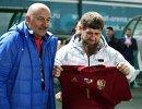 Глава Чеченской Республики Рамзан Кадыров (справа) и главный тренер сборной России Станислав Черчесов