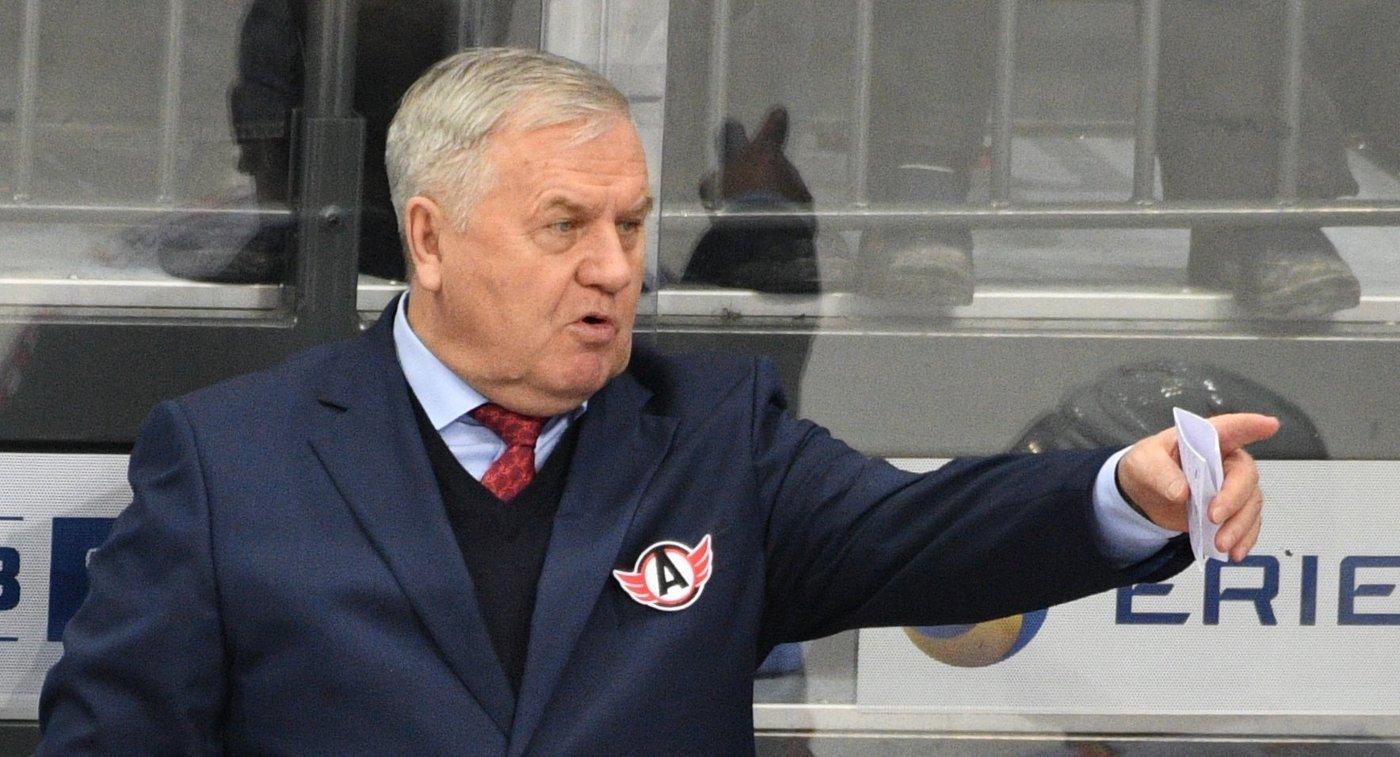 Главный тренер Автомобилиста Владимир Крикунов