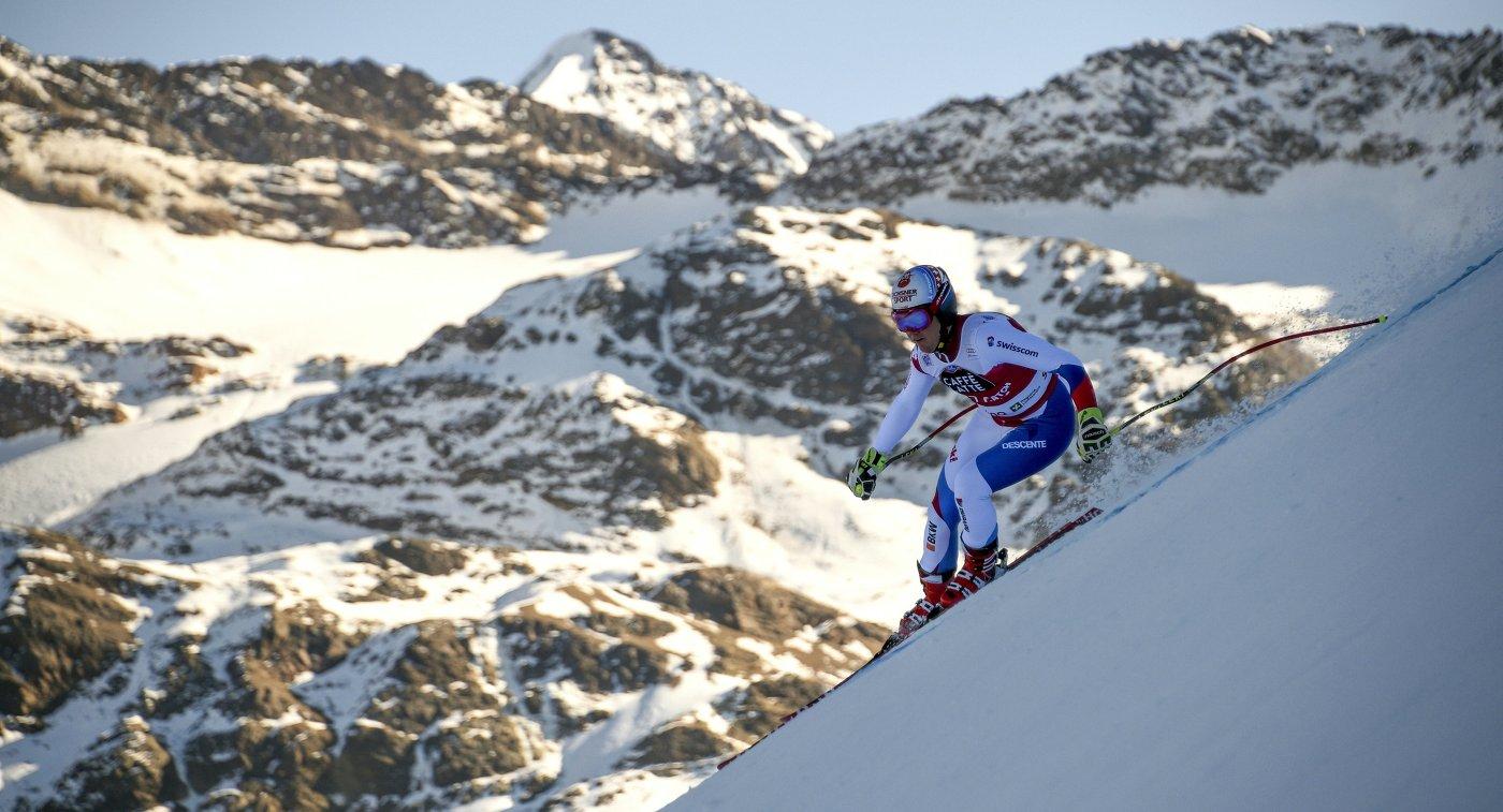 Швейцарский горнолыжник Нильс Хинтерманн на этапе Кубка мира в Санта-Катерине (Италия)
