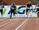 Спринтеры на дистанции 200 метров во время этапа Бриллиантовой лиги в Бельгии