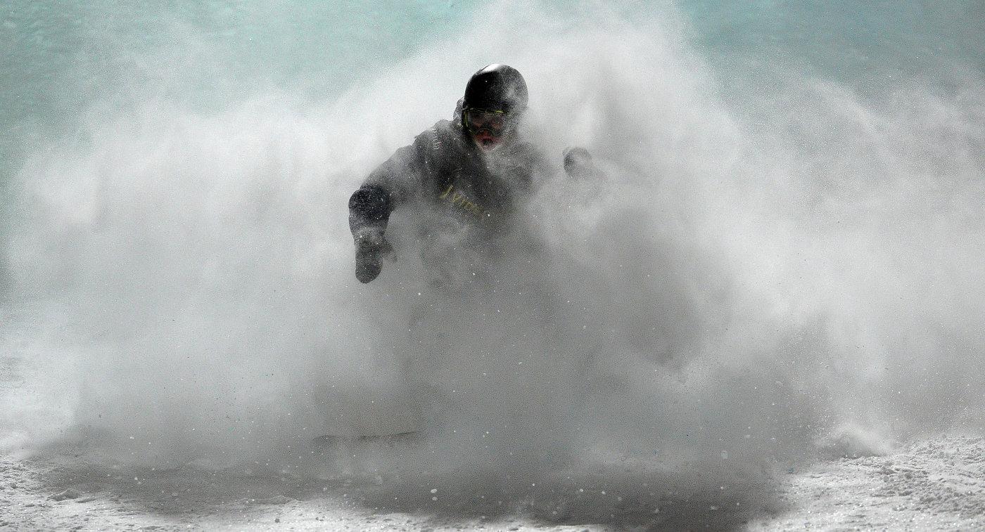 Соревнования по сноуборду в дисциплине биг-эйр
