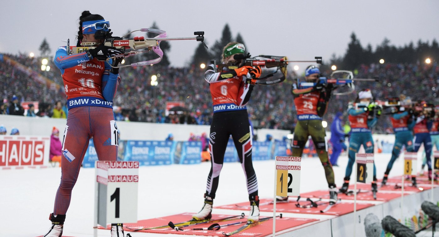Слева: Татьяна Акимова (Россия)