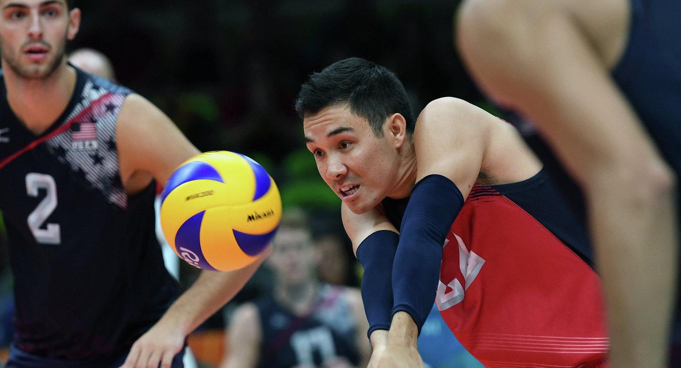 Эрик Шоджи в матче волейбольного турнира на Олимпийских играх