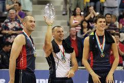 Волейболисты сборной США на Олимпийских играх 2012 года: Клэйтон Стэнли, Ричард Лэмбурн и Мэтт Андерсон (слева направо)