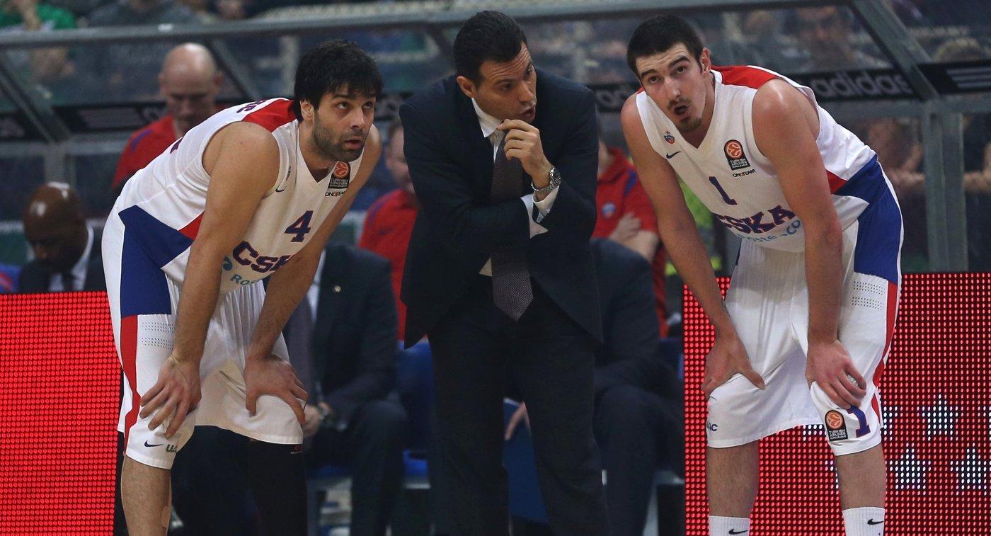 Димитриос Итудис, Милош Теодосич и Нандо де Коло (слева направо)