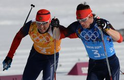 Слева направо: Александр Легков (Россия), Максим Вылегжанин (Россия)