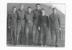 1976 год. Евгений Трефилов (второй слева) во время службы в Ахтубинске