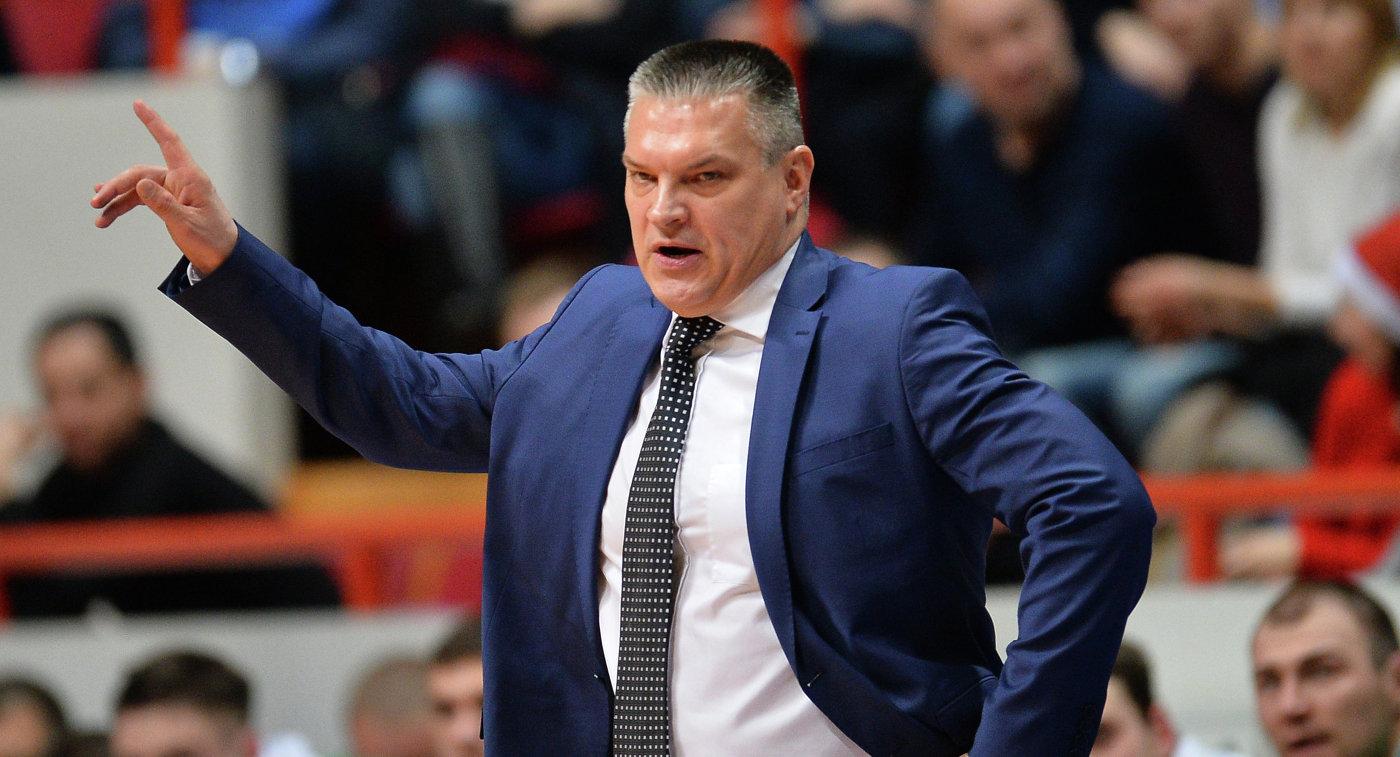 Саратовский баскетбольный «Автодор» объявил осмене основного тренера