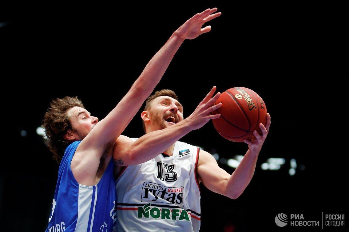 Игровой момент матча Зенит - Летувос Ритас