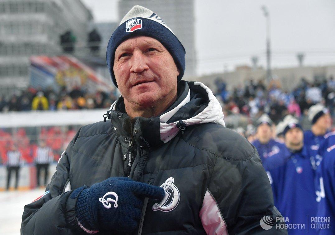Главный тренер Динамо Анатолий Антипов