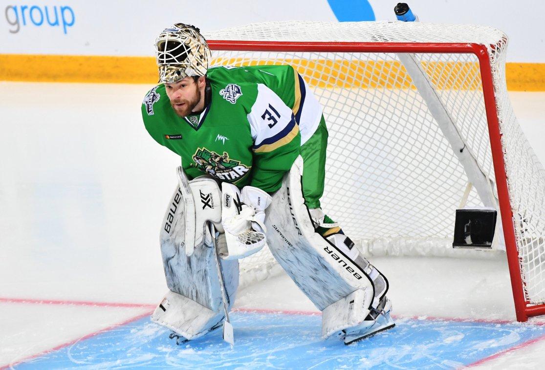 Вратарь Дивизиона Чернышева Игорь Бобков