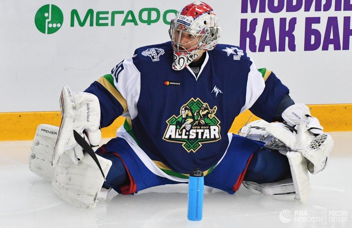 Вратарь дивизиона Тарасова Илья Сорокин