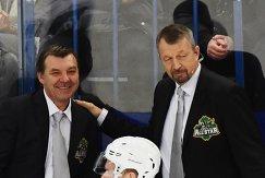 Тренеры дивизиона Боброва Олег Знарок (слева) и Сергей Гимаев