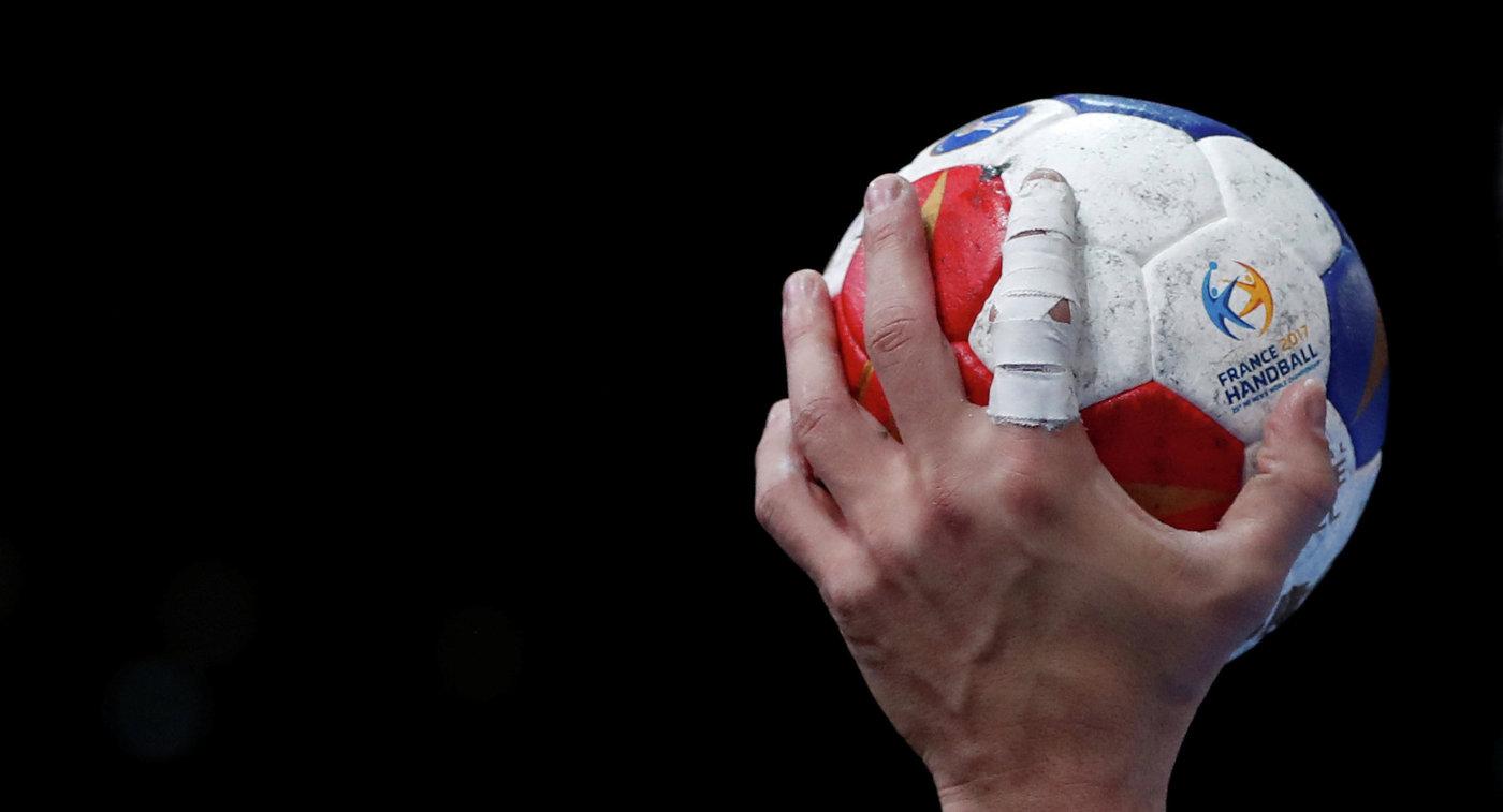 Мяч чемпионата мира по гандболу во Франции