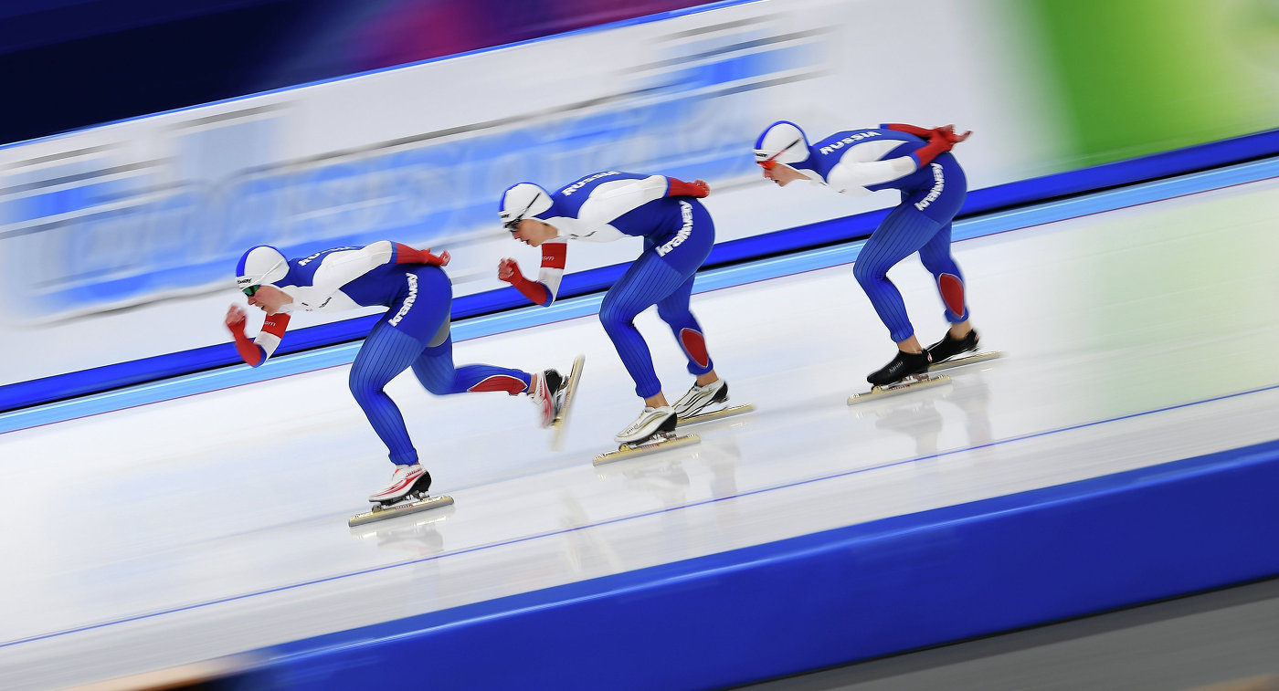 Спортсменки сборной России по конькобежному спорту