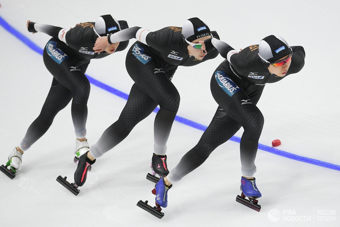 Спортсменки сборной Японии по конькобежному спорту