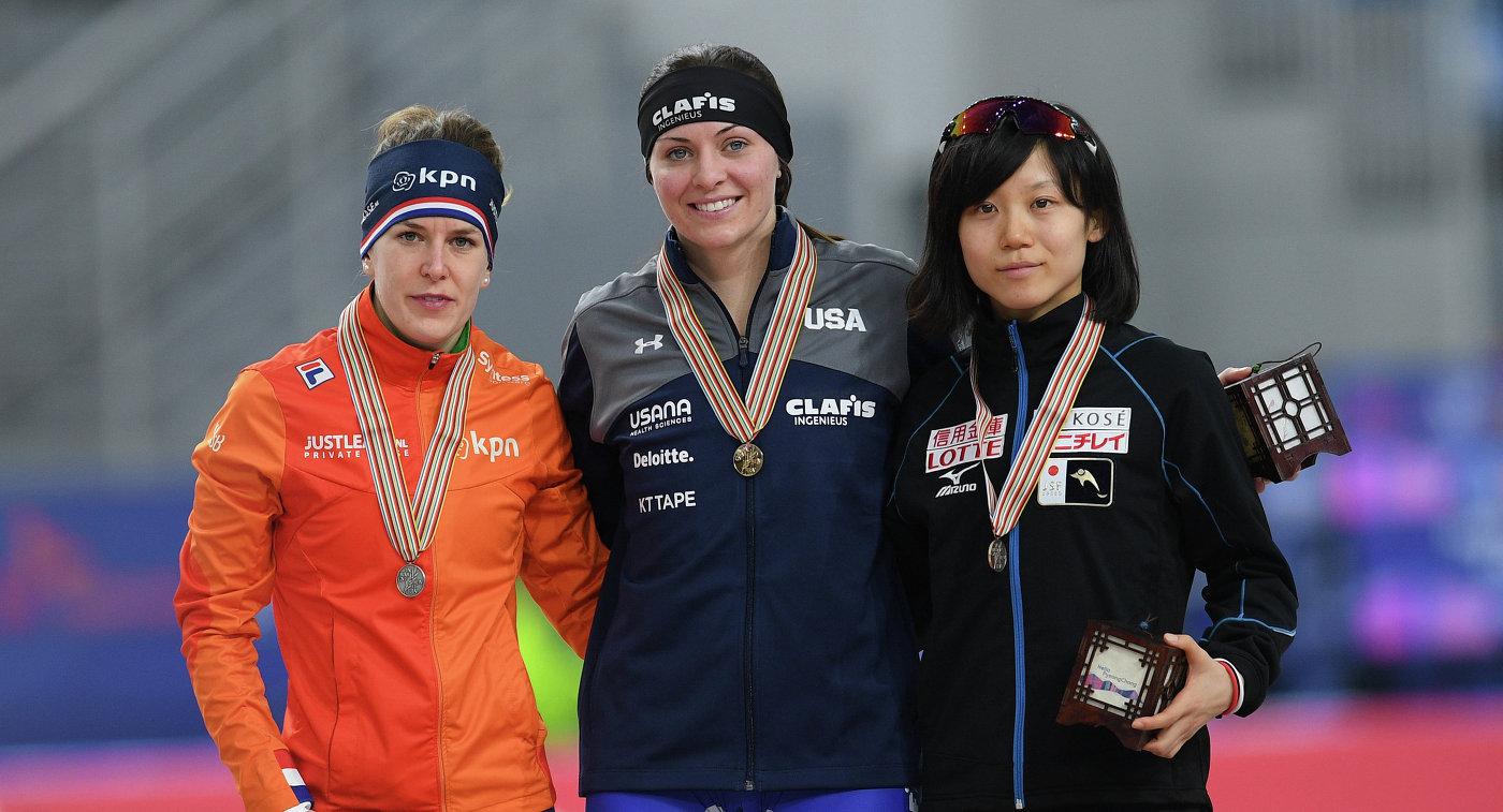 Ирен Вюст (Нидерланды), Хитер Ричардсон-Бергсма (США) и Михо Такаги (Япония) (слева направо)