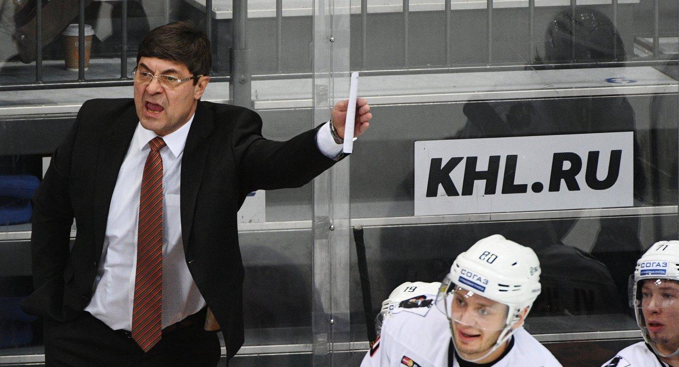 Исполняющий обязанности главного тренера Амура Андрей Мартемьянов