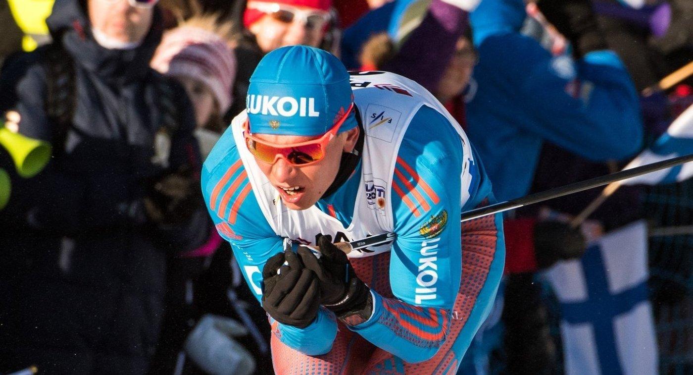 Лыжники Большунов иНепряева стали вторыми вспринте насоревнованиях вФинляндии