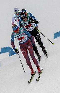 Полина Калсина (слева)