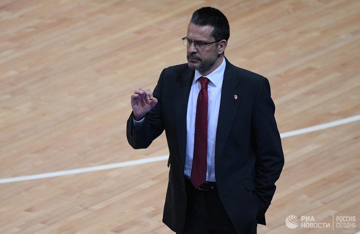 Главный тренер Валенсии Педро Мартинес