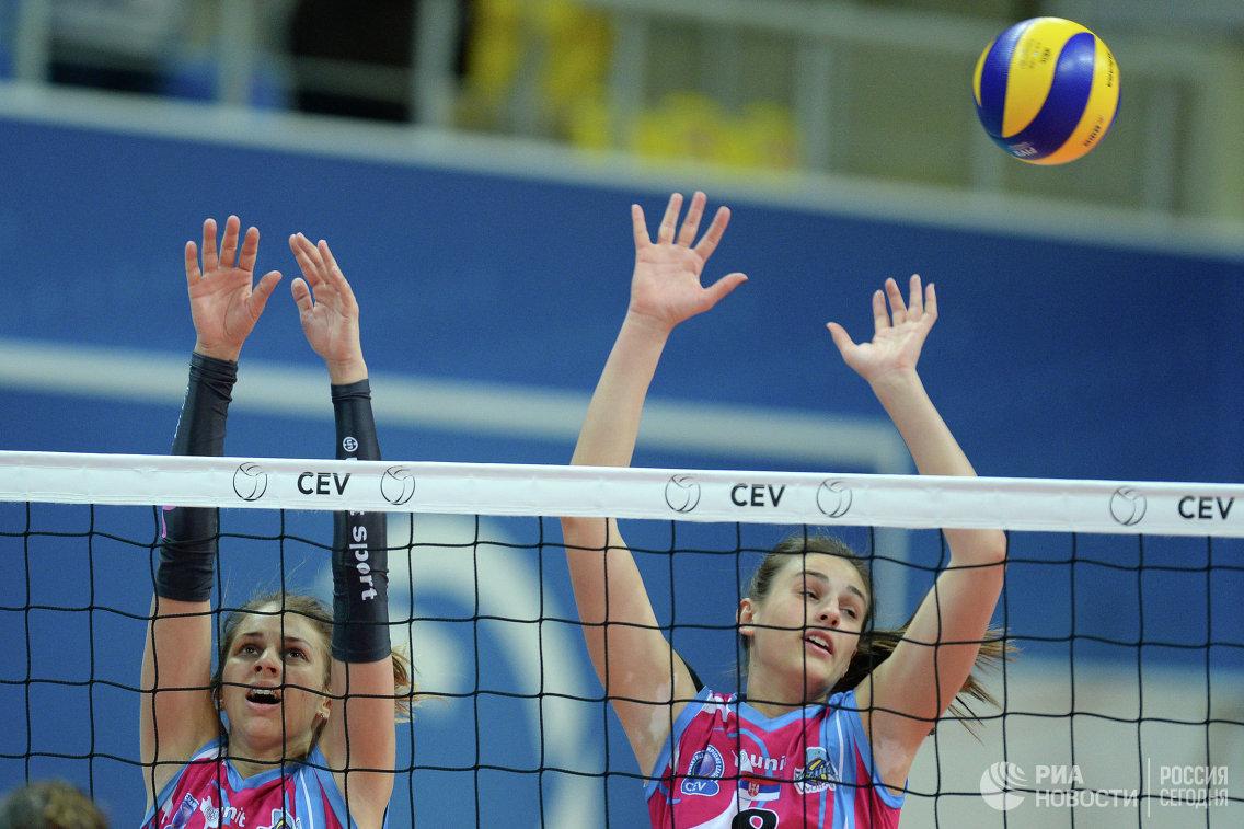 Волейболистки Визуры Сара Лозо (слева) и Майя Алексич